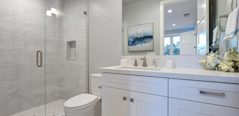 10888_Magdalena_Ave_Los_Altos-large-049-33-Bathroom_Four-1499x1000-72dpi.jpg