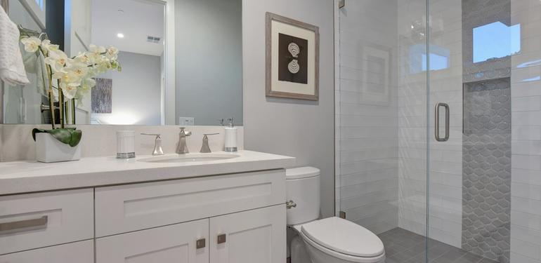 10888_Magdalena_Ave_Los_Altos-large-043-54-Bathroom_Two-1499x1000-72dpi.jpg