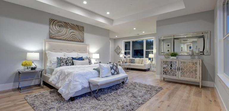 10888_Magdalena_Ave_Los_Altos-large-034-22-Master_Bedroom-1500x1000-72dpi.jpg
