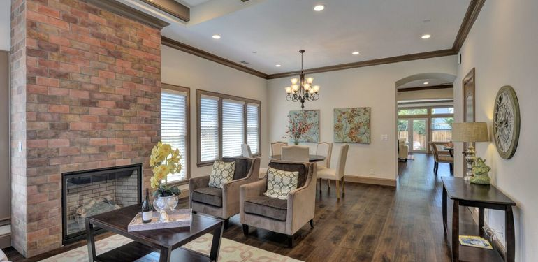 390_Margarita_Ave_Palo_Alto_CA-print-008-Living_Room_view_to_Dining-3662x2449-300dpi_preview.jpg