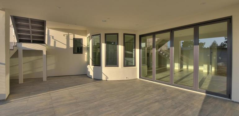 1677_Whitham_Ave_Los_Altos_CA-large-022-016-Patio_Outside_of_Family_Room-1499x1000-72dpi.jpg