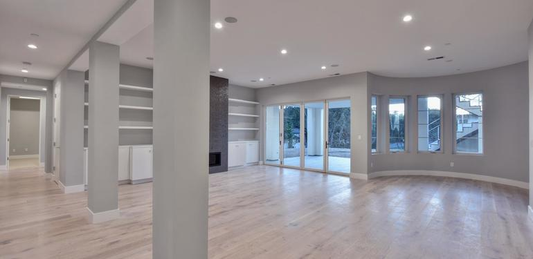 1677_Whitham_Ave_Los_Altos_CA-large-012-018-Downstairs_Hallway_View_to-1500x1000-72dpi.jpg