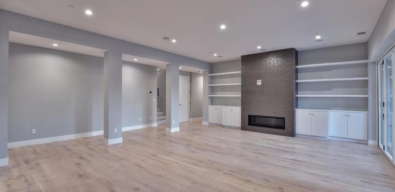 1677_Whitham_Ave_Los_Altos_CA-large-013-007-Family_Room-1500x1000-72dpi.jpg