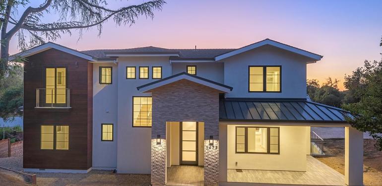 1677_Whitham_Ave_Los_Altos_CA-large-001-023-Front_at_Dusk-1499x1000-72dpi.jpg