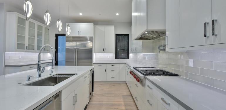 1669_Whitham_Ave_Los_Altos_CA-large-007-008-Kitchen_View-1500x1000-72dpi.jpg