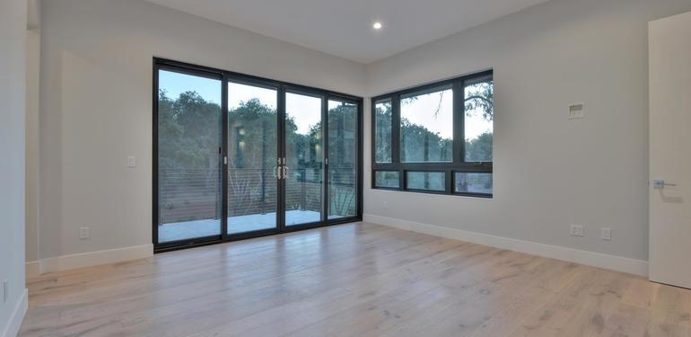 1669_Whitham_Ave_Los_Altos_CA-large-013-019-Master_Bedroom-1500x1000-72dpi.jpg
