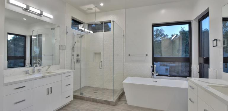 1669_Whitham_Ave_Los_Altos_CA-large-014-015-Master_Bathroom-1499x1000-72dpi.jpg