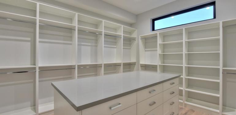 1669_Whitham_Ave_Los_Altos_CA-large-015-007-Master_Bedroom_Walkin_Closet-1497x1000-72dpi.jpg