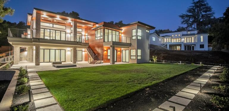 1669_Whitham_Ave_Los_Altos_CA-large-027-026-Backyard_View_at_Dusk-1499x1000-72dpi.jpg