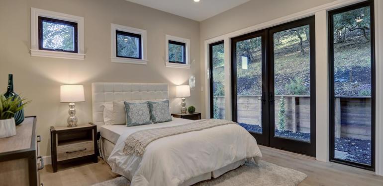 10880_Magdalena_Rd_Los_Altos-large-029-50-Guest_Room-1500x1000-72dpi.jpg
