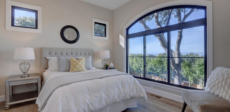 10880_Magdalena_Rd_Los_Altos-large-033-38-Downstairs_Bedroom_two-1499x1000-72dpi.jpg