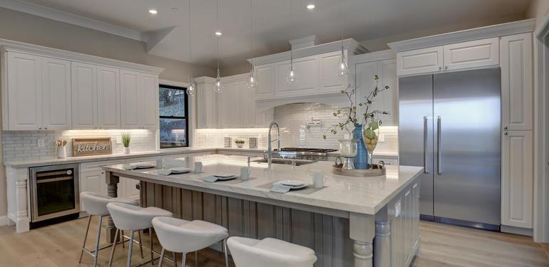 10880_Magdalena_Rd_Los_Altos-large-011-13-Kitchen_View-1500x1000-72dpi.jpg
