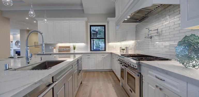 10880_Magdalena_Rd_Los_Altos-large-014-19-Kitchen_Close_Up-1500x1000-72dpi.jpg