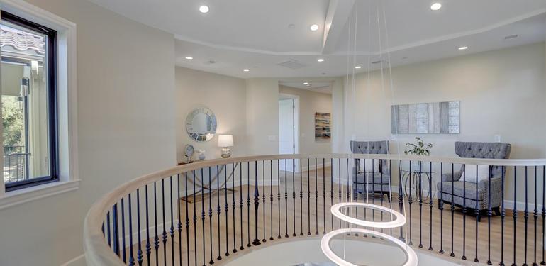 10880_Magdalena_Rd_Los_Altos-large-038-54-Upstairs_View-1500x1000-72dpi.jpg