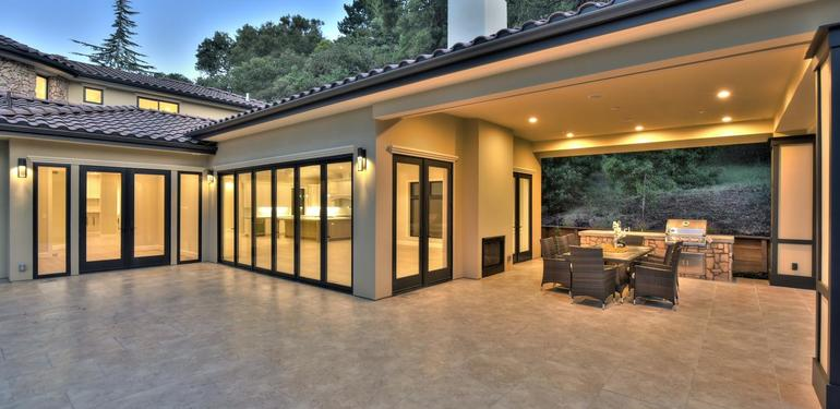 10880_Magdalena_Rd_Los_Altos-large-059-5-Patio_Area-1500x1000-72dpi.jpg