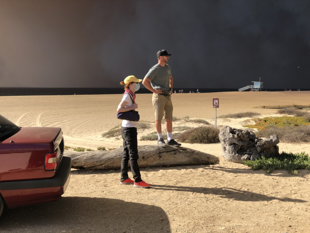 Charlotte Frieze Watching The Woolsey Fire From Zuma Beach, 1:07 pm, November 9, 2018