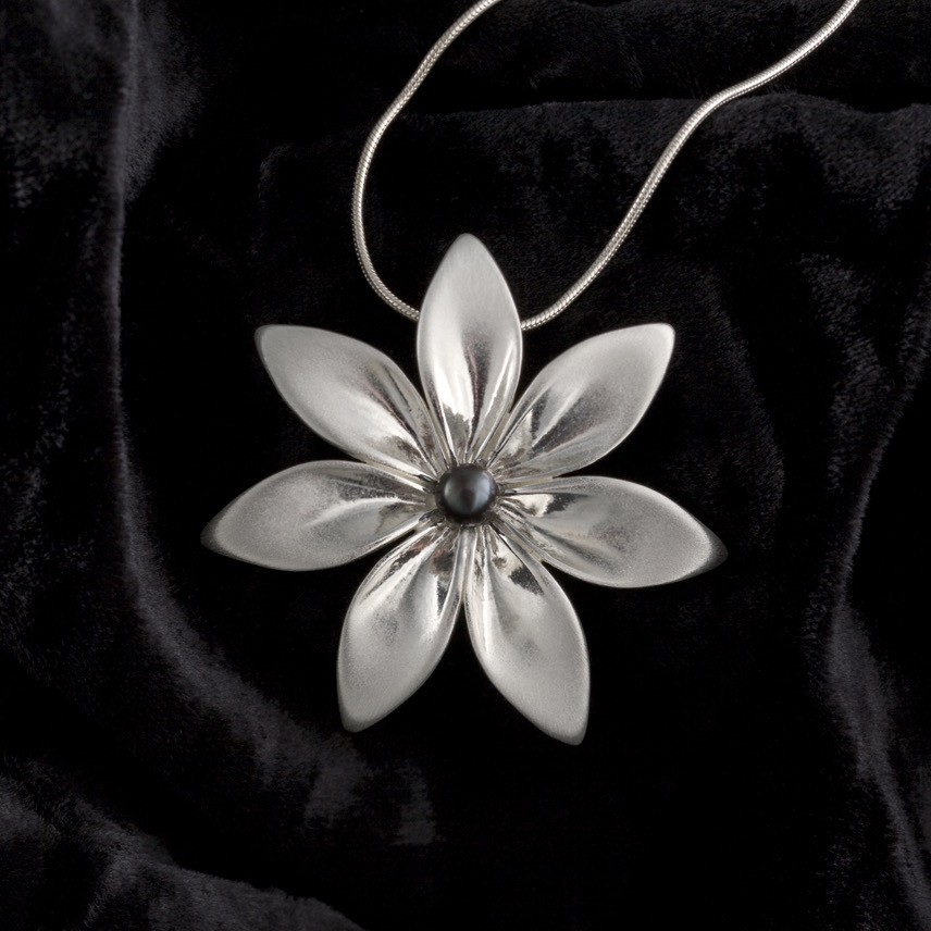 7 Leaf Necklace with freshwater pearl -handmade- sterling silver