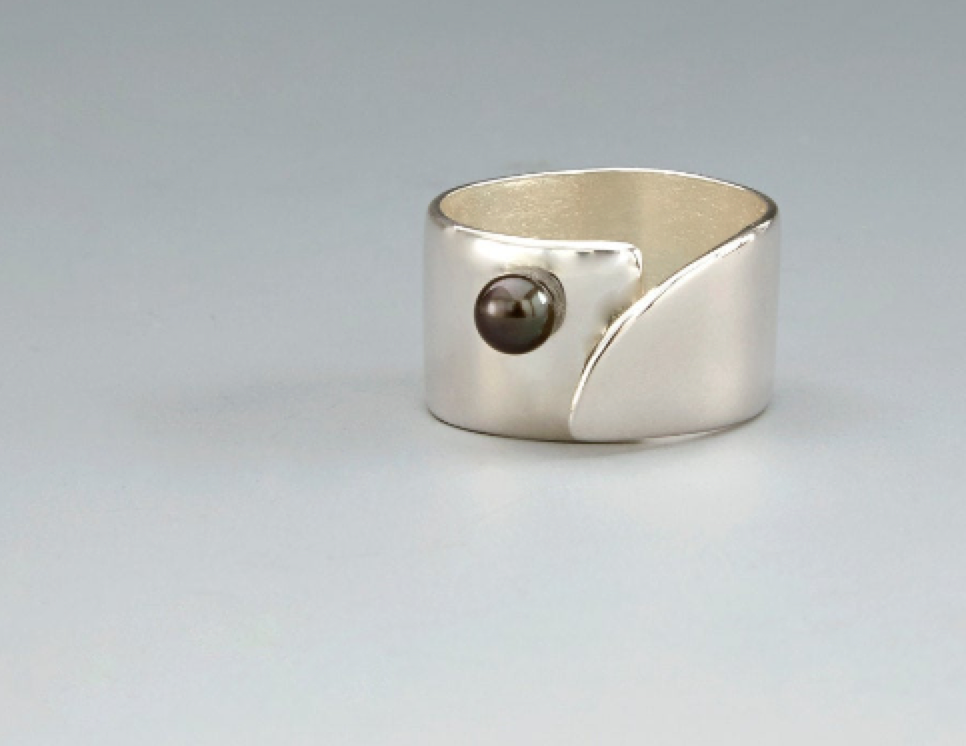 Bar Ring with freshwater pearl -handmade- sterling silver