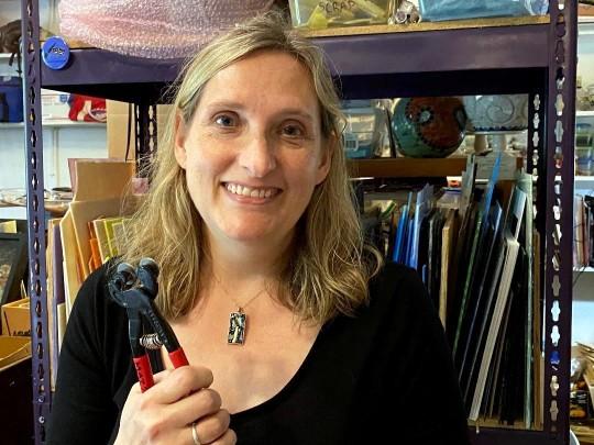 Julie Mazzoni user profile