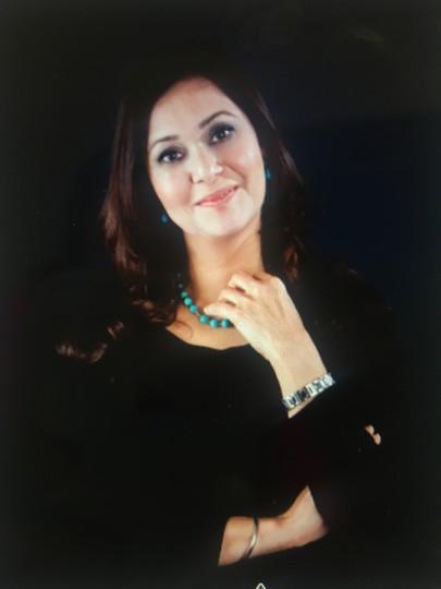 Tanya Momi user profile