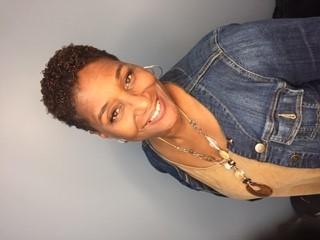 Felicia Bond user profile