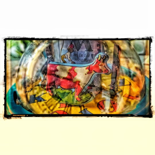 Chagall tin toy