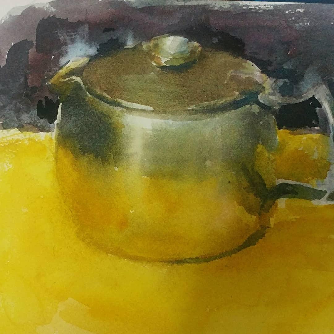 yellow on teapot #tea #yellow #steel #reflections