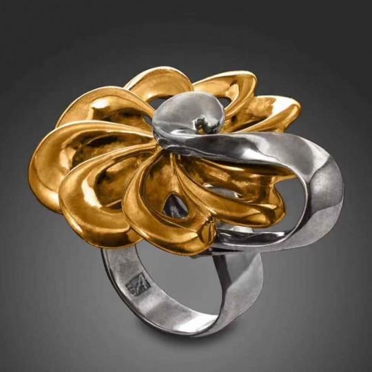 Gold Turbine Ring
