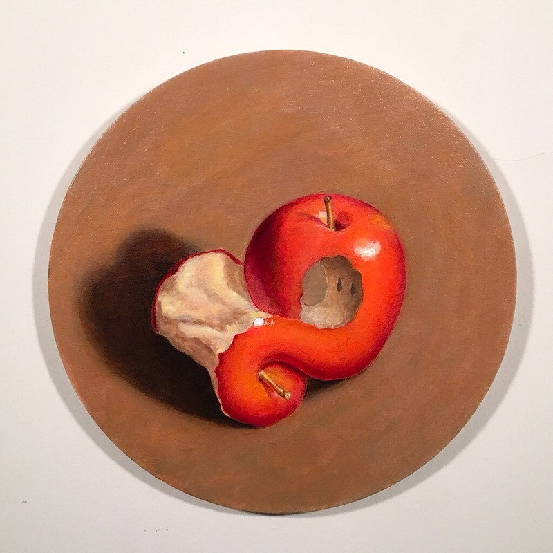 Artwork – Strange Loop Tondo: Apple, 2017