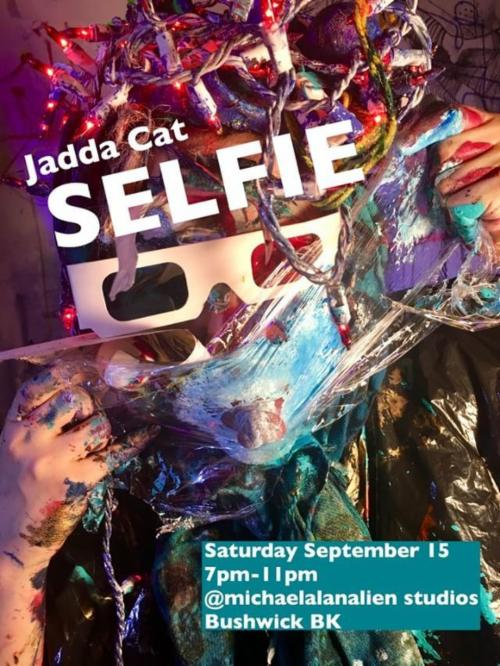 """Selfie""  