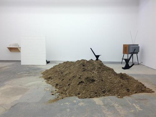 in Pictures for Joanna Malinoswka at CANADA. Image for  Joanna Malinoswka: 'A Hawk from a Handsaw' at CANADA