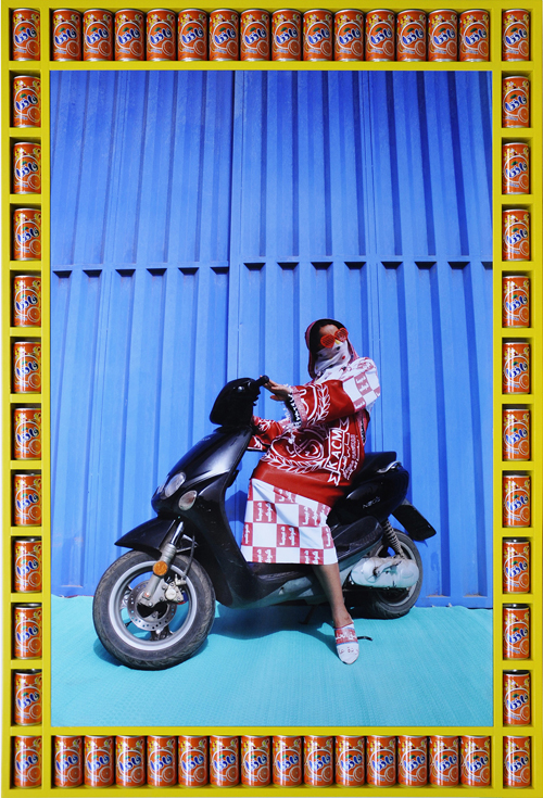 in Pictures for Hassan Hajjaj at Taymour Grahne Gallery. Image for Khadija, 2010/1431, Edition of 7, Metallic Lambda Print On 3mm White Dibond, 53.5h x 36.77w in / 135.9h x 93.4w cm. Courtesy of Hassan Hajjaj and Taymour Grahne Gallery, New York.