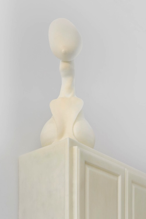 in Pictures for Janine Antoni at Luhring Augustine. Image for Janine Antoni, to quench, 2014 (detail), Polyurethane resin, Edition of  3 + 1 AP, 43 x 30 1/2 x 14 1/2 inches (109.2 x 77.5 x 36.8 cm). © Janine Antoni; Courtesy of the artist and Luhring Augustine, New York.