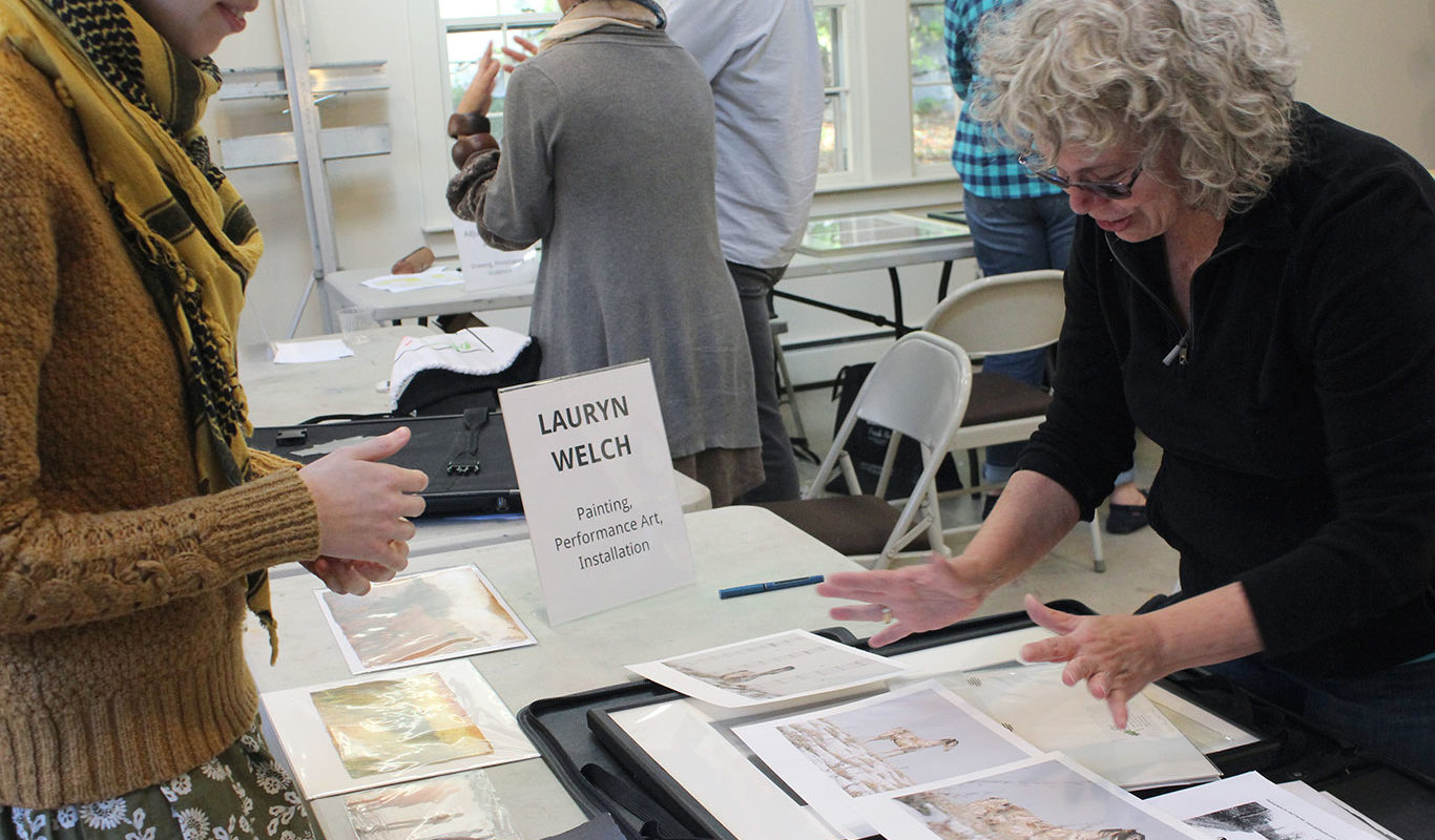 Art Prof TA Lauryn Welch reviews Gail Fisher's portfolio