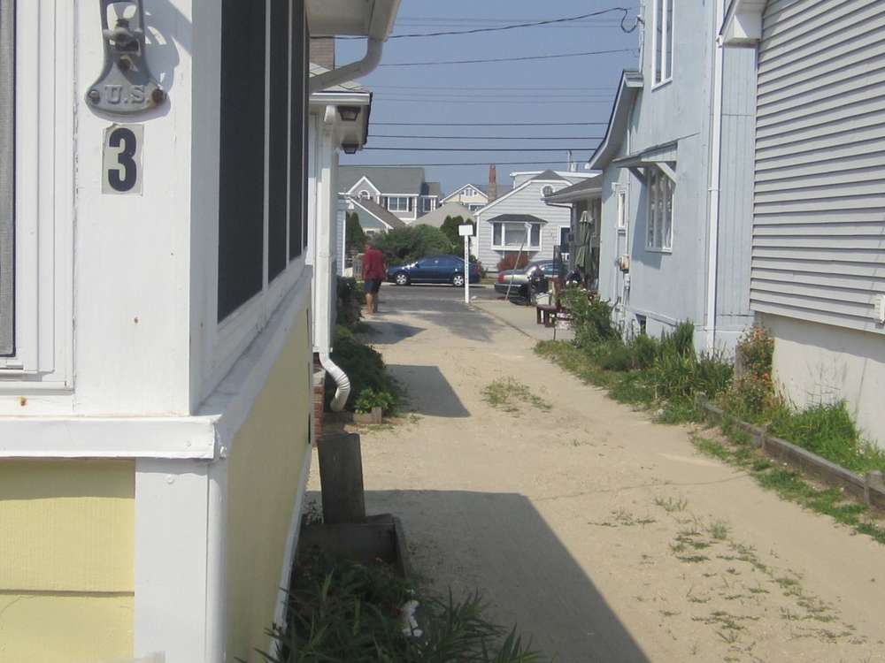 photo beach cottages
