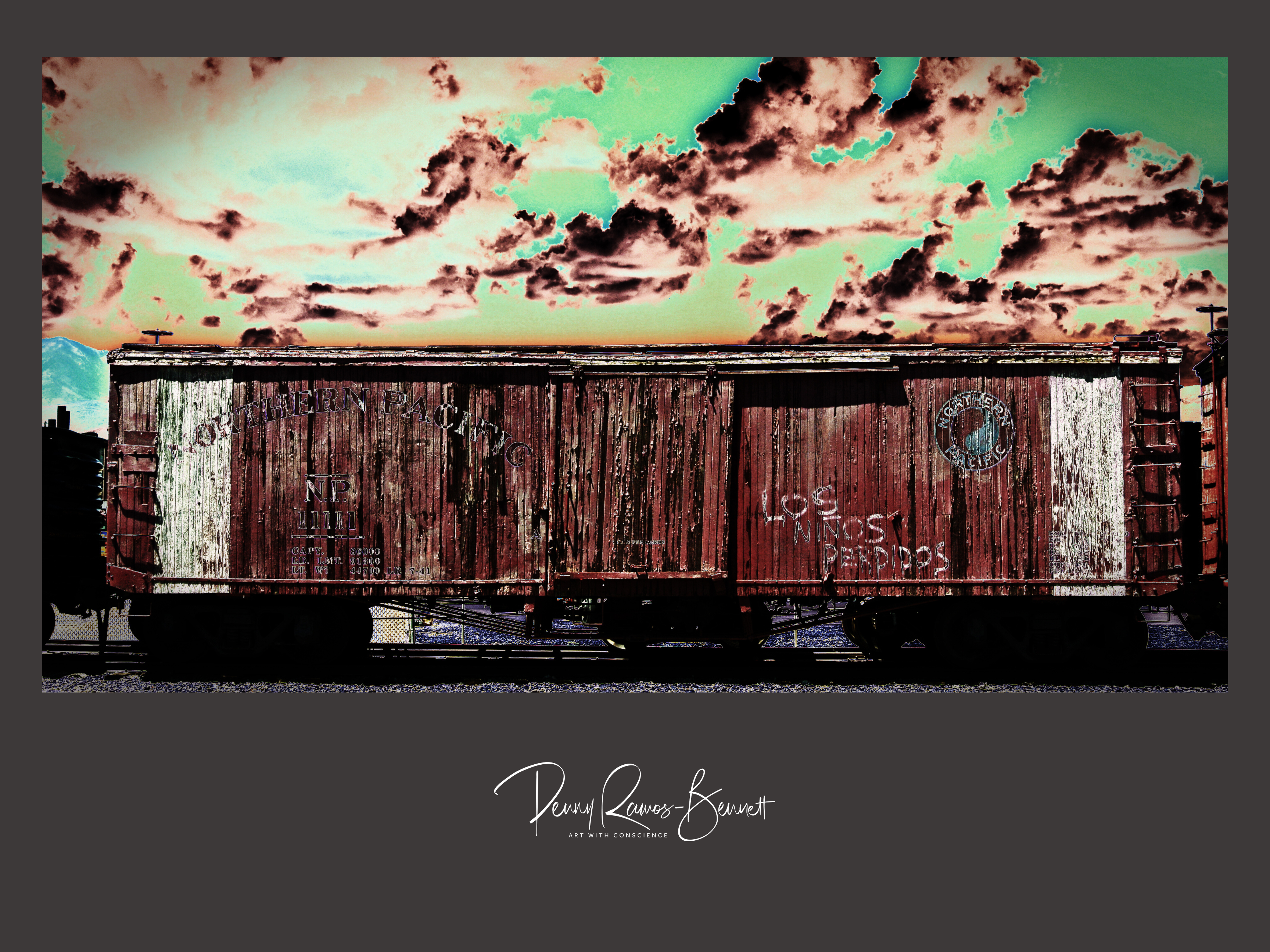 Niños Perdidos written on a rust train car with green background underneath clouds
