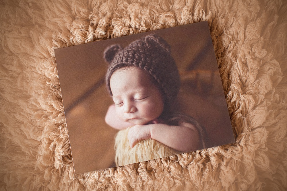 Newborn photo by Janna Lynn Photography // Canvas by Artsy Couture