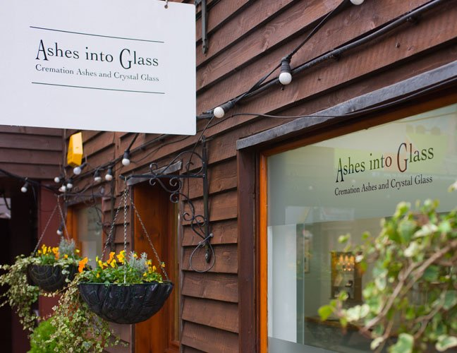 Ashes to jewellery studio
