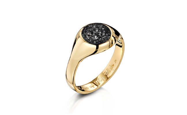 Signet Ring Gold Black