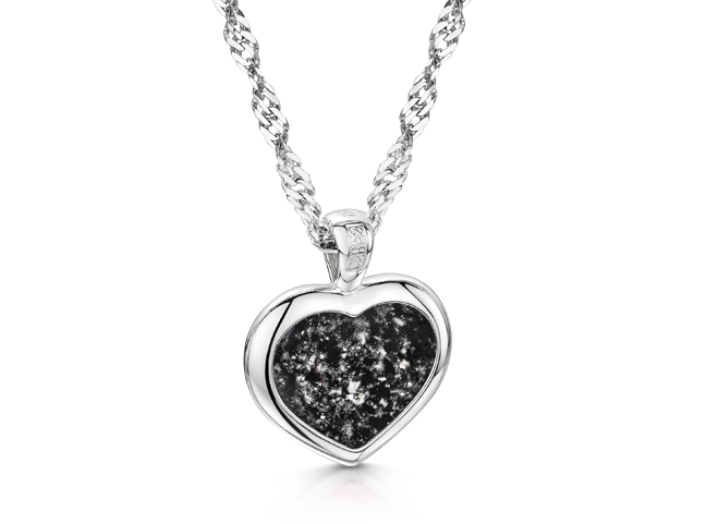 Heart Pendant White Gold Black