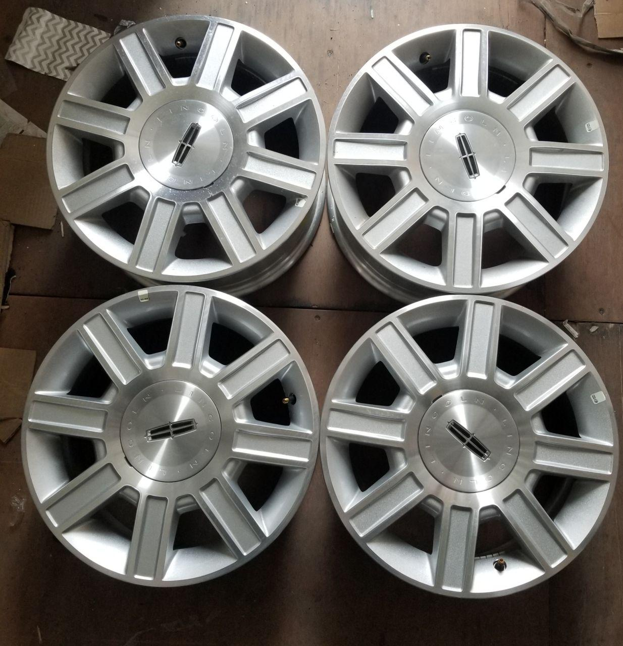 - OEM WHEELS - 2006-2011 LINCOLN TOWNCAR 17x7 8 SPOKE Hollander #3754 /  USED