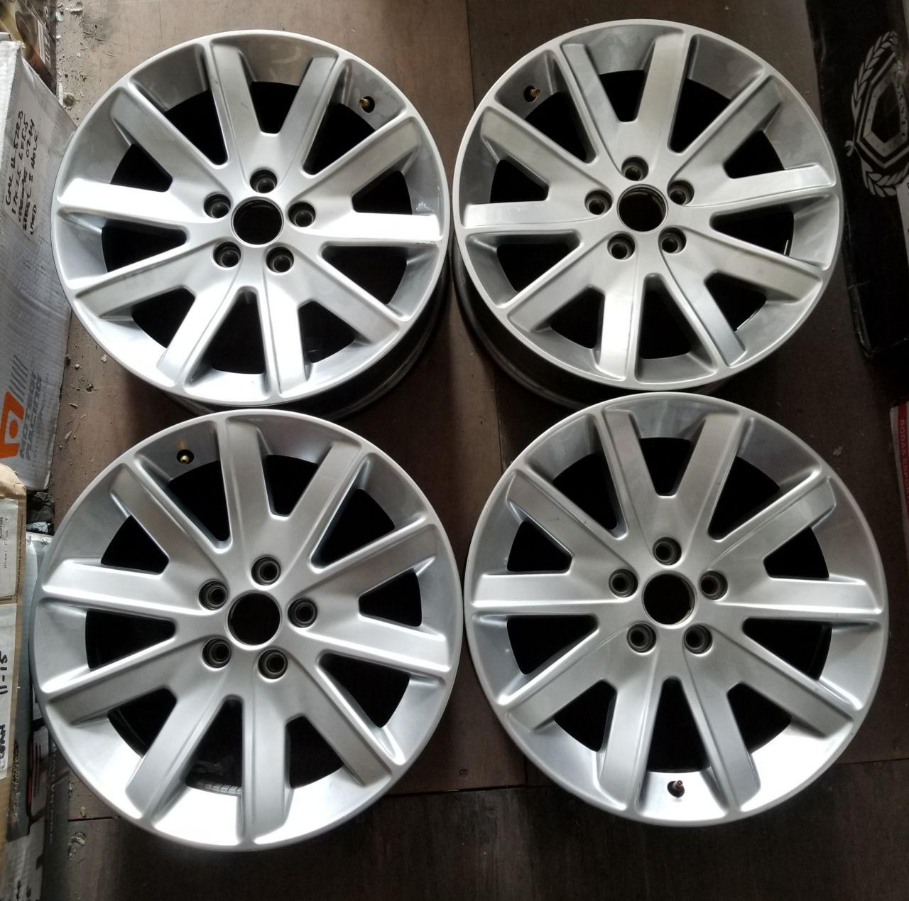 - OEM WHEELS - 2009-2012 FORD FLEX 18x7.5 10 SPOKE Hollander #3769 /  USED