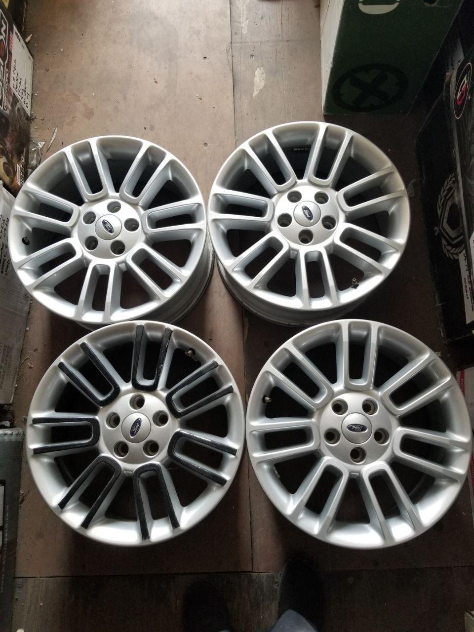 - OEM WHEELS - 2013 FORD FLEX 18x7 7 SPLIT SPOKES Hollander #3932 /  USED