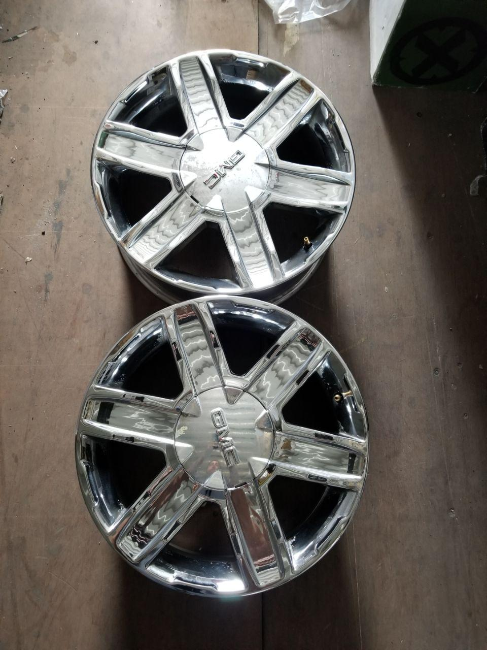 - OEM WHEELS - 2010-2012 GM TERRAIN 17x8 6 SPOKE GROOVE Hollander #5450 /  USED