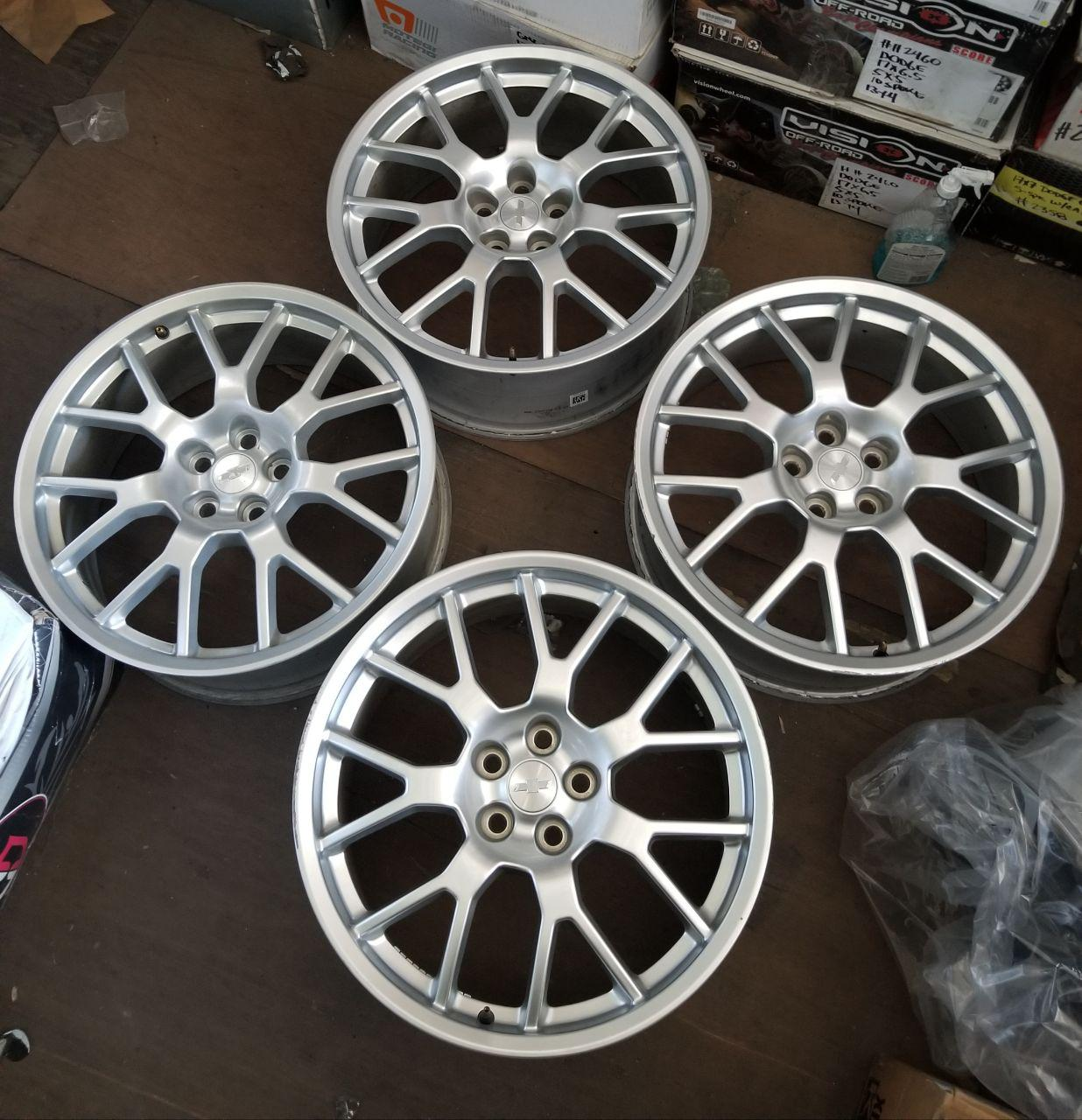 - OEM WHEELS - 2013-2015 GM CAMARO 21x8.5 7 Y SPOKE Hollander #5587 /  USED