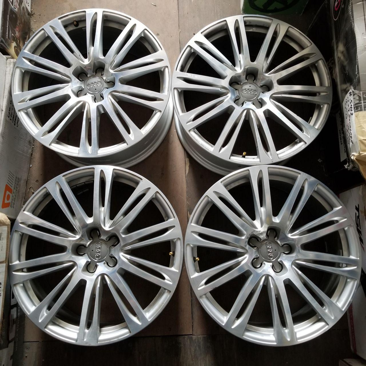 - OEM WHEELS - 2011-2015 AUDI A8 20x9 10 SPLIT SPOKE Hollander # 58871 /  USED