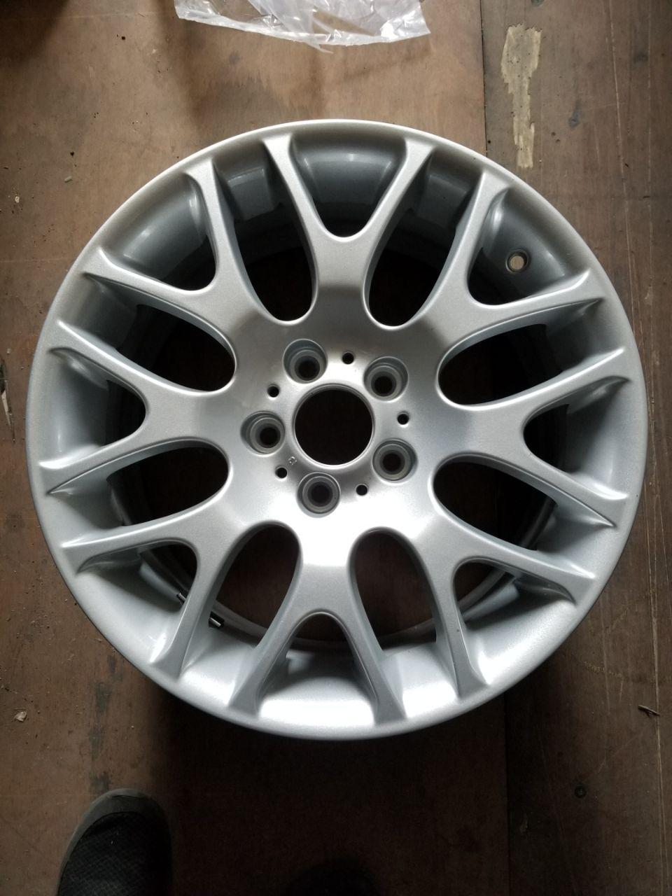 - OEM WHEELS - 2007-2013 BMW 3 SERIES 18x8.5 8 Y SPOKE Hollander #59461 /  USED