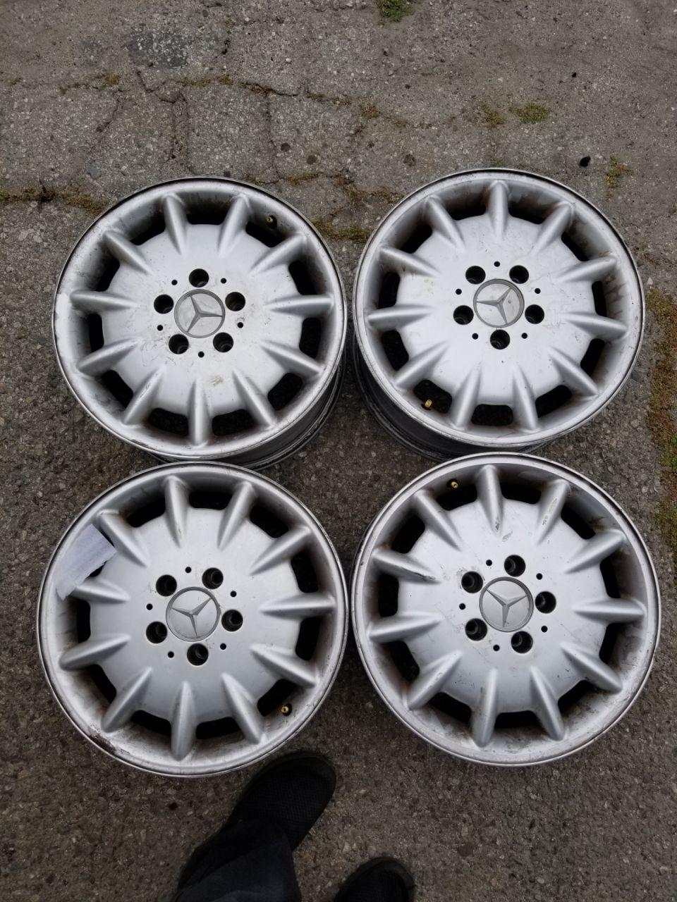 - OEM WHEELS - 2000-2003 MERCEDES E-CLASS 16x7.5 11 SPOKE Hollander #65238 /  USED