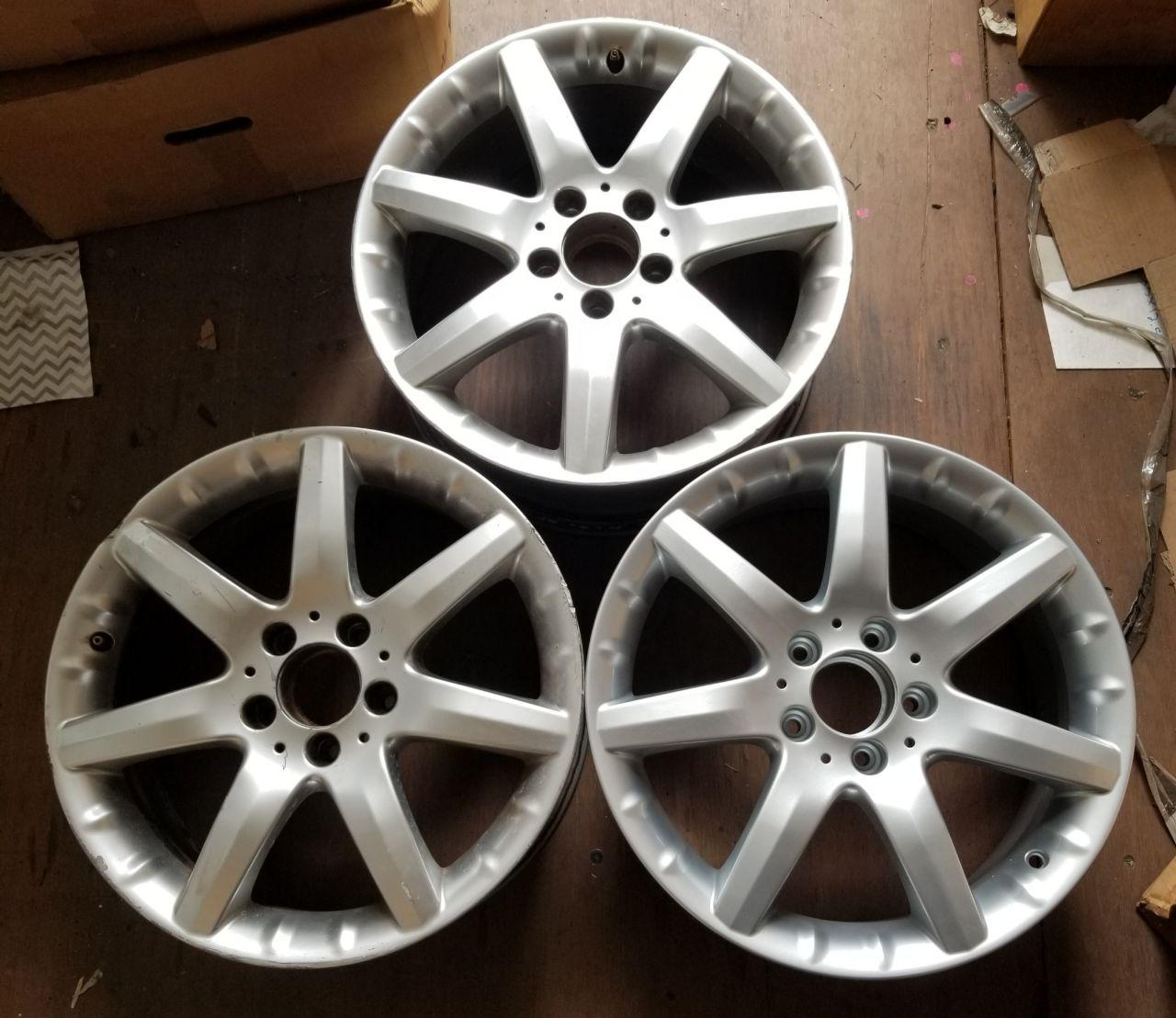 - OEM WHEELS - 2002-2005 MERCEDES C-CLASS 17x7.5 7 SPOKE Hollander #65261 /  USED