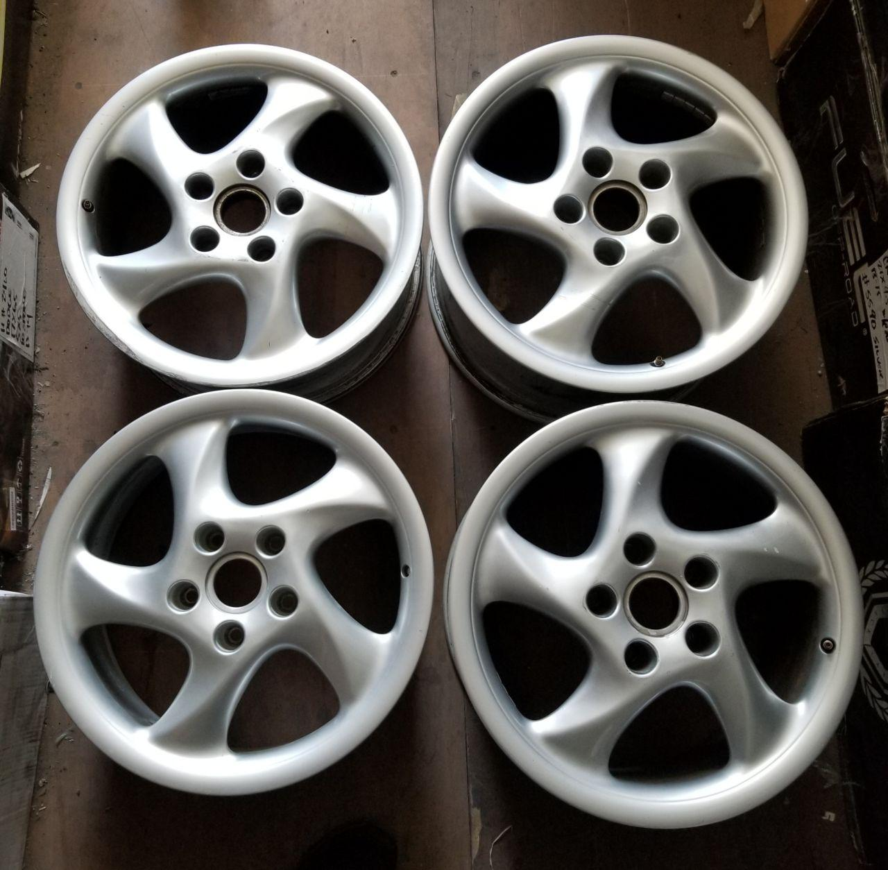 - OEM WHEELS - 1996-1998 PORSCHE 911 18x10 5 SPOKE Hollander #67229 /  USED